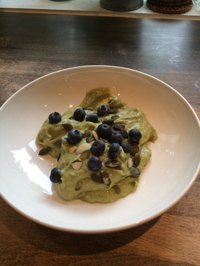 Frokost Hanne: Avokado/banan yoghurt