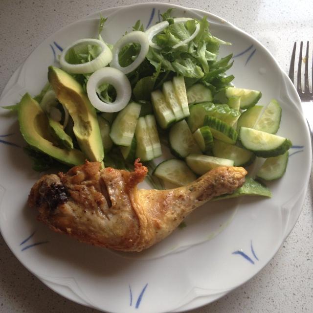Hanne`s middag fredag: Kyllinglår med forskjellig grønt